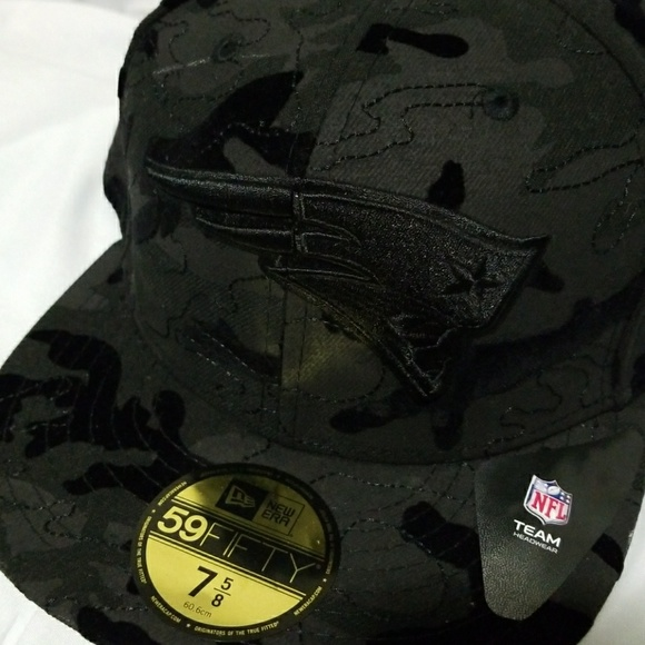 02de0351004 New England Patriots Fitted Hat Velvet Camo